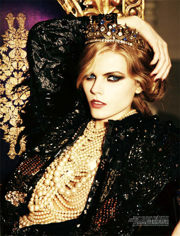 maryna linchuk Maryna Linchuk for <em>Vogue Turkey</em> December 2010 by Ellen von Unwerth
