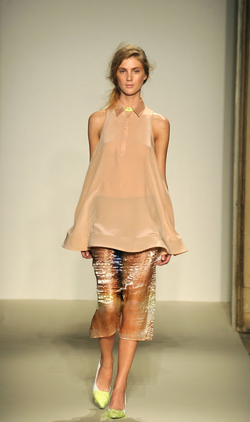 Gabriele+Colangelo+Milan+Fashion+Week+Womenswear+OVmhUk8YpMel