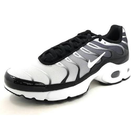 69e00158ea Nike Air Max Plus - Boys Grade School Shoes Black/White Size 6 ...