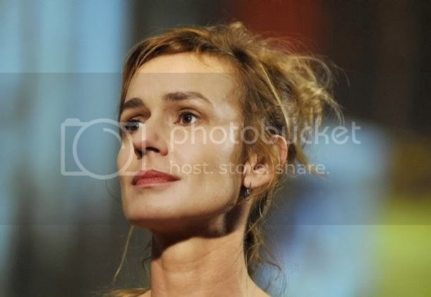 http://i6.photobucket.com/albums/y202/personalitytest/blog/03SandrineBonnaire.jpg
