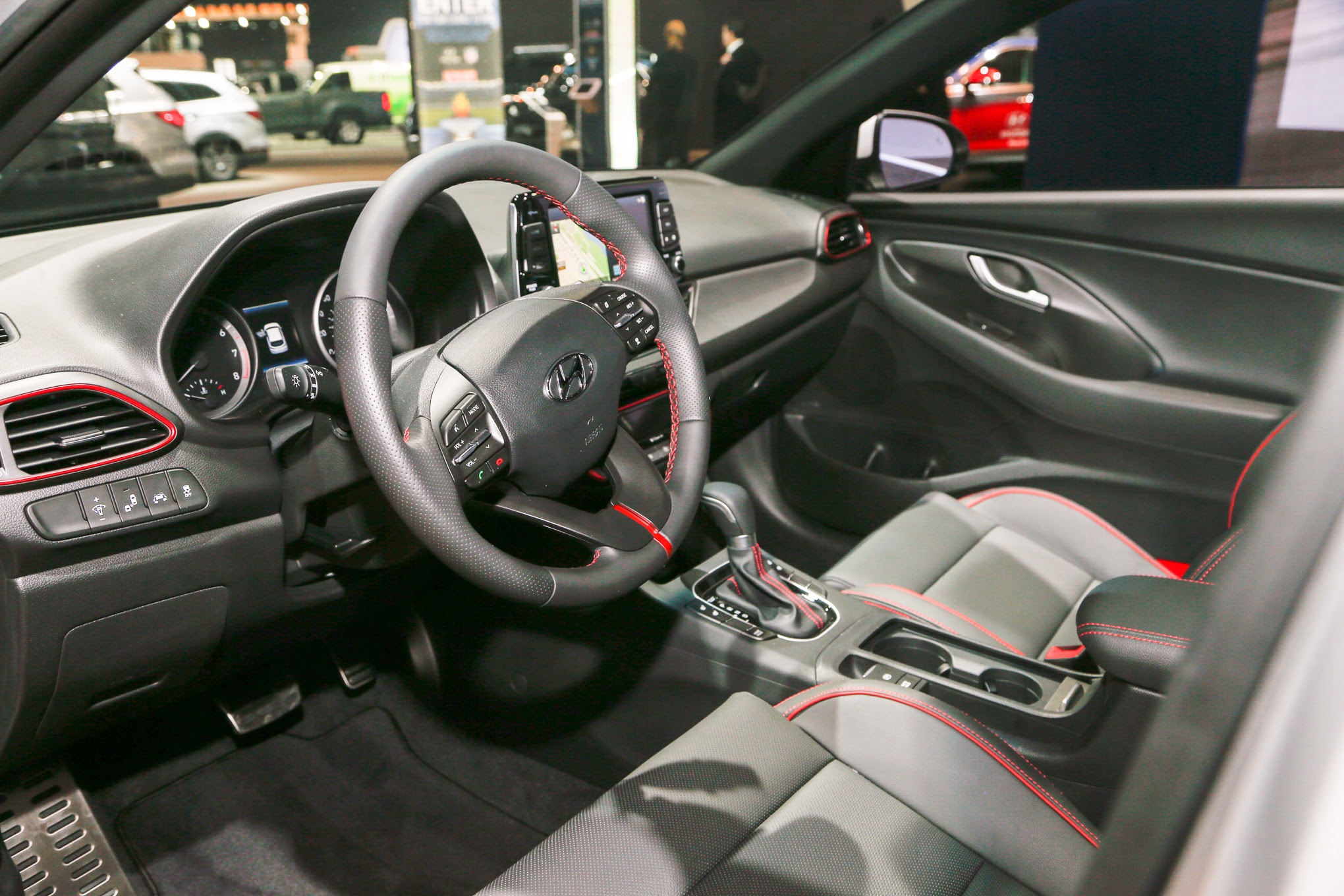First Look: 2018 Hyundai Elantra GT and GT Sport ...
