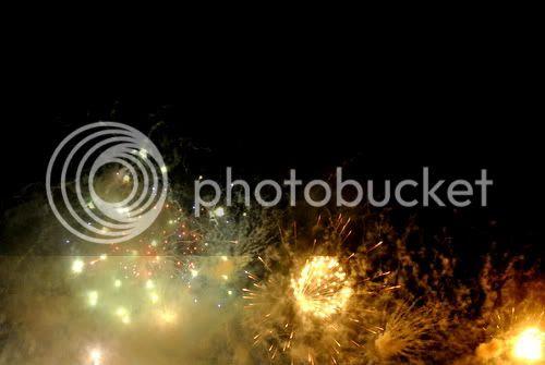http://i599.photobucket.com/albums/tt74/yjunee/blogger/DSC_0910.jpg?t=1262677089