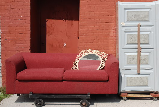Street Couch on Wheels
