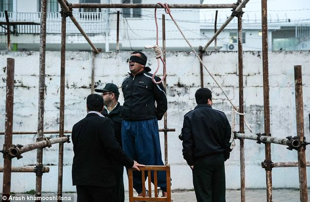 The Iranian man was due to have the chair that he was standing on kicked away from under him by the dead man's parents