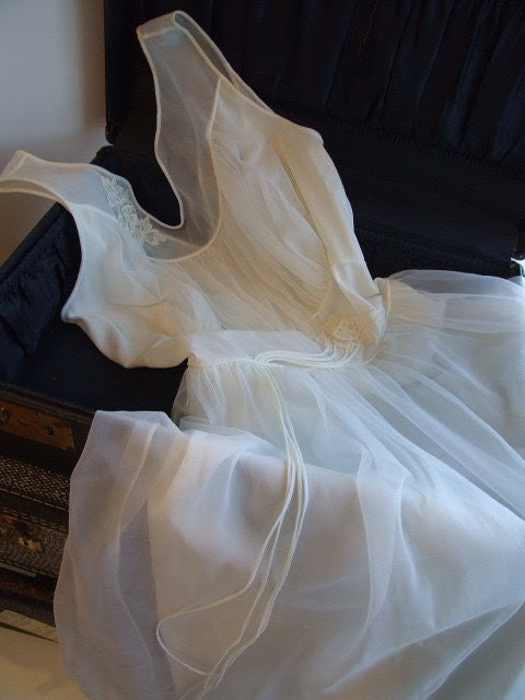 Feel Pretty Ivory Dress/Nightgown