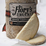 Flory's Truckle - Cheddar Truckle 7.5 oz