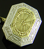 Elegantly engraved Art Deco cufflinks. (J9375)