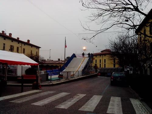 A Natale si scivola a Cassano d'Adda by Ylbert Durishti