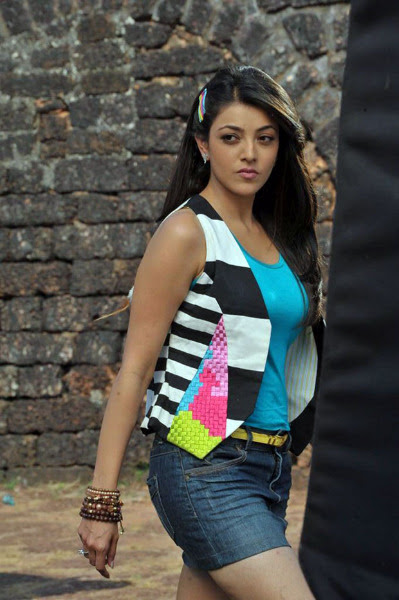 kajal agarwal latest hot photos 1402 Kajal Agarwal Hot Photos