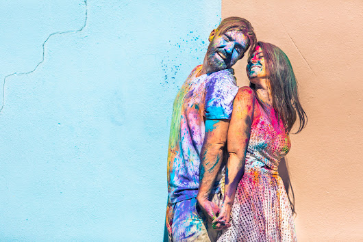 Joe + Katie // Colorful Holi Powder Engagement