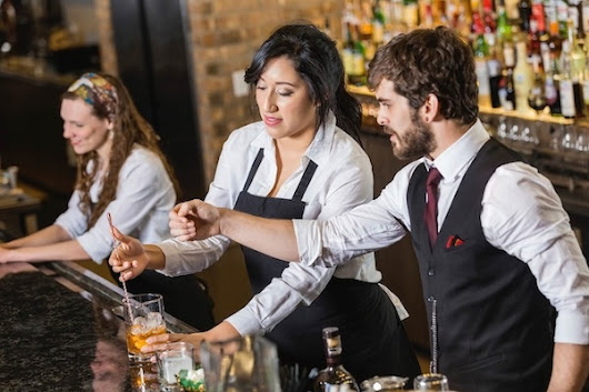 4 Tips to Improve Staff Accountability at Your Bar