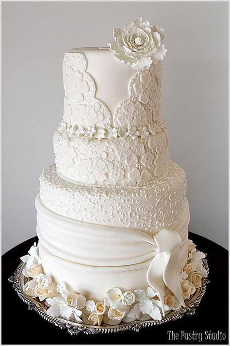 Brilliant Wedding Cakes from The Pastry Studio   MODwedding