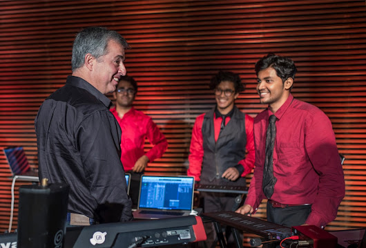Apple and A.R. Rahman Tie Up for Mac Labs in Chennai, Mumbai | AWR Technologies software company in Jodhpur, India