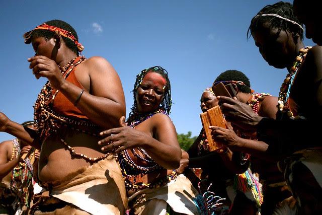 pQHGhFkWEwjEnBK5Fx3z2J4xoutICGntdxUJr l5sx4t7LGEBozS0JzSPuB6dpPMcP6sMex3Zn0tVpW4kCjWL0QBTgczWBPSdWzHdI8kiso=s0 d San Bushmen People, The World Most Ancient Race People In Africa