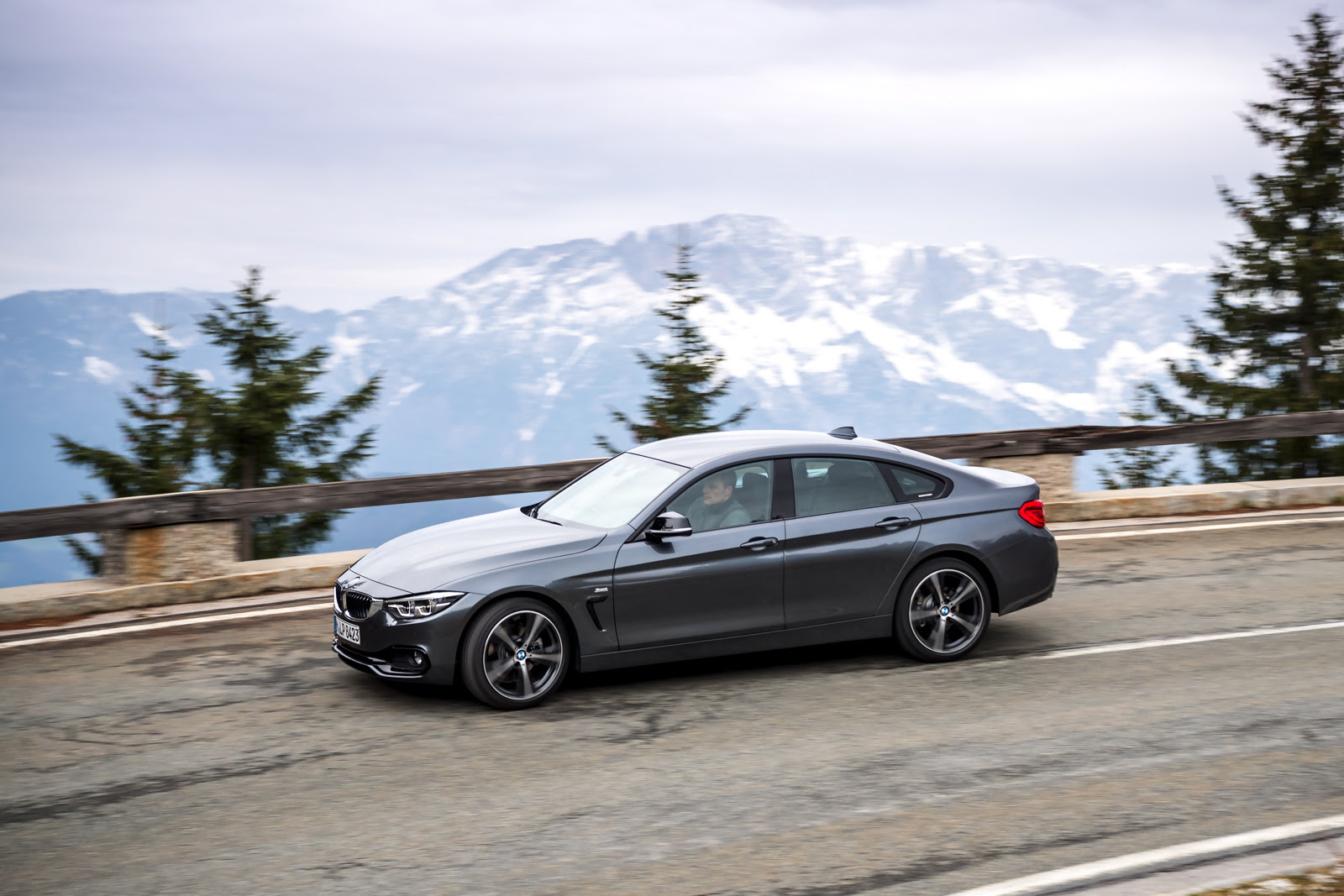BMW 4 Series Gran Coupe vs. BMW 3 Series GT - Photo Comparison