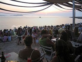 Best Party Beaches in Greece