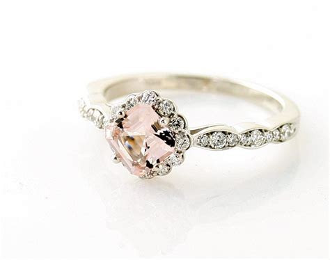 Unique and Antique Engagement Rings ? Smashing World