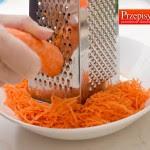 1. Ścieranie marchewki