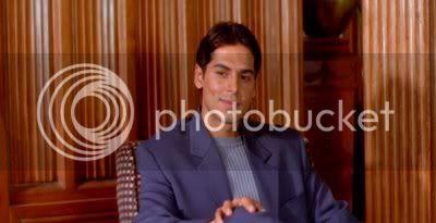 http://i298.photobucket.com/albums/mm253/blogspot_images/Raaz/PDVD_020.jpg