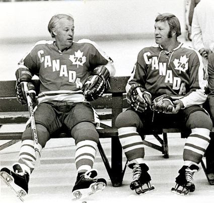 How and Hull 1974 Summit Series photo Howe Hull 1974  Summit Series.jpg