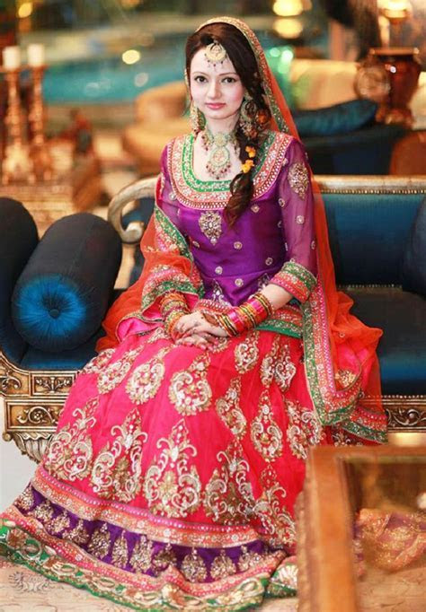 Fashion Wallpapers Free Download: Bridal mehndi dresses