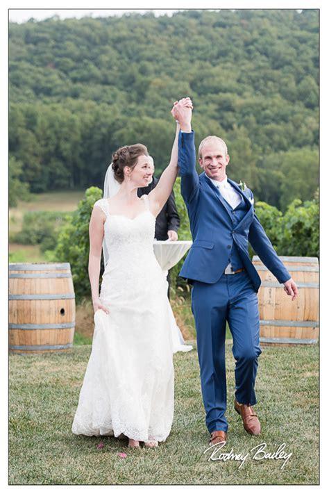 Northern Virginia Wedding Photographers Breaux Vineyards