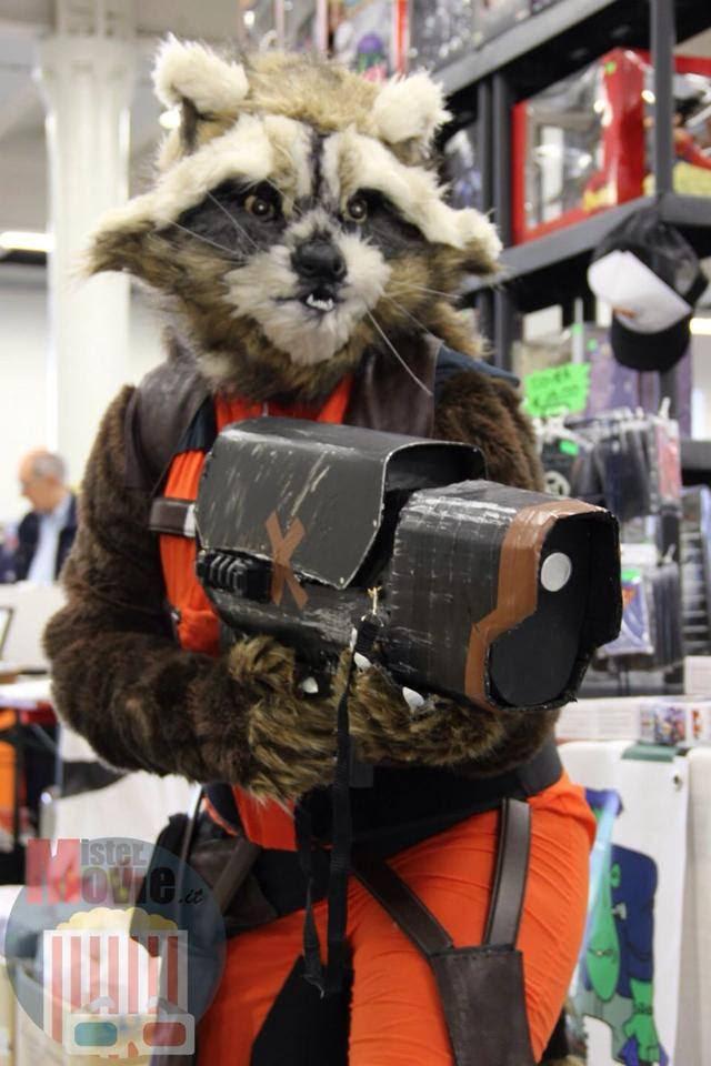 http://orig05.deviantart.net/0693/f/2014/127/a/e/rocket_raccoon_cosplay_by_cyberbunnycosplay-d7hhh5q.jpg