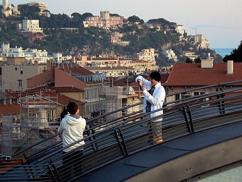 sur le toit du MAMAC.jpg