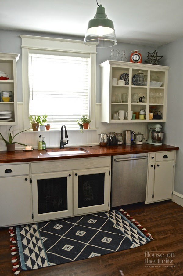 An Old Kitchen Gets a New Look for Less Than $1,500 ...