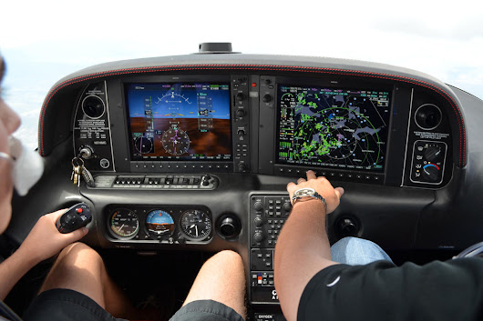 15 Advantages Of Flying A Glass Cockpit