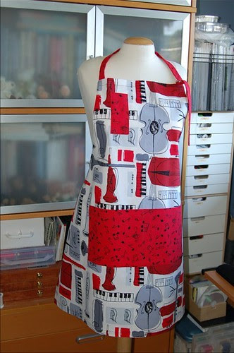 Music-themed apron