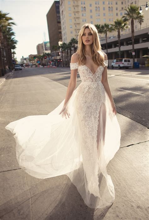 Sheer Perfection: BERTA's 2019 'City of Angels' Wedding