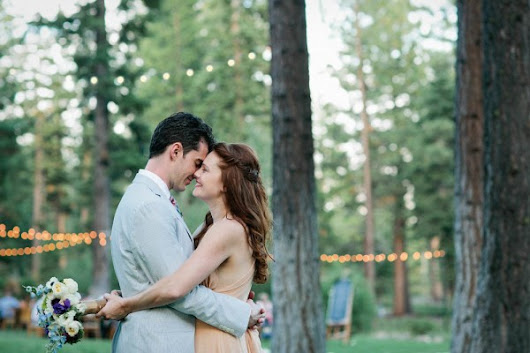 Whimsical Forest Wedding at Bear Paw Lodge | Junebug Weddings