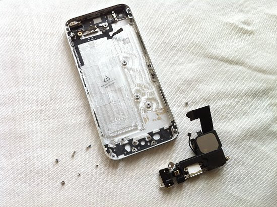 iPhone 5 disassembly stage 37