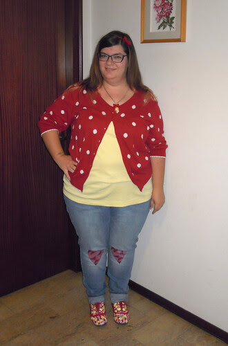 Red and Jellow outfit