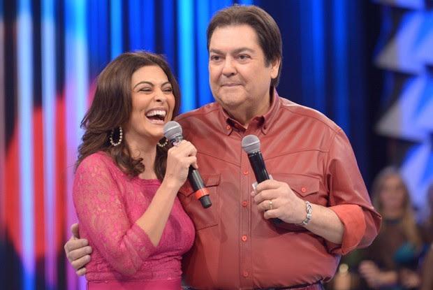 Faustão e Juliana Paes (Foto: Raphael Dias / Gshow)