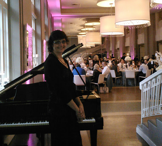 When is live solo piano music perfect for a dinner event?