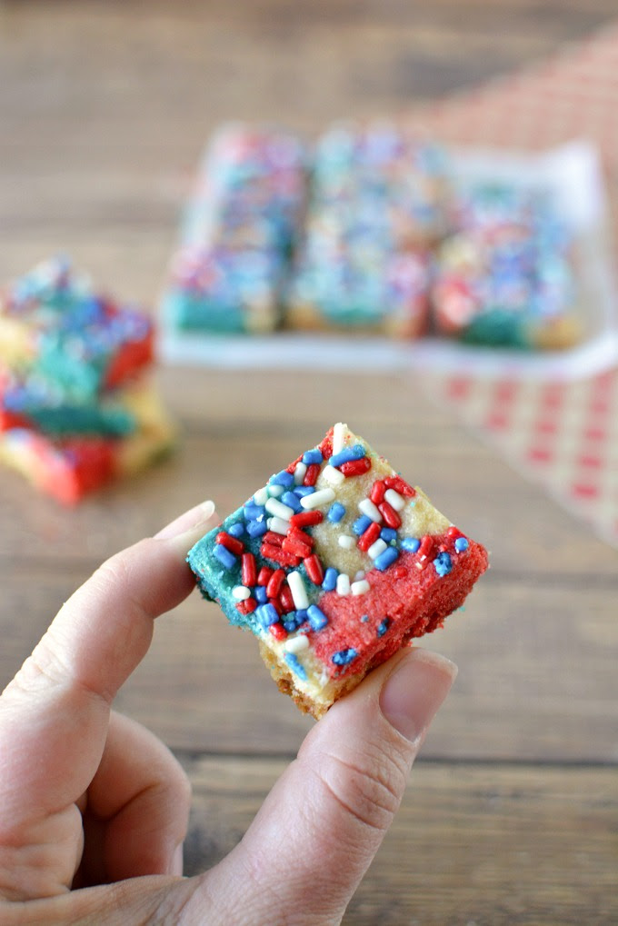 Red, White & Blue Patriotic Shortbread Bars Recipe