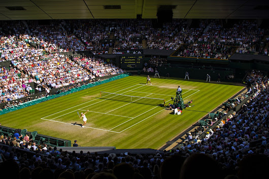 How to Enjoy Wimbledon (Without a ticket) - The Aussie Flashpacker