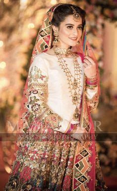 Best 25  Mehndi dress ideas on Pinterest   Pakistani