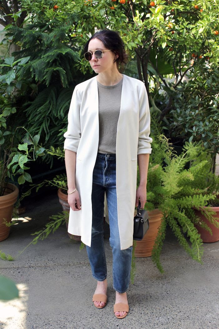 How To Wear Minimal White Jacket For Spring Outfit Eileen Fisher Open Front Silk Jacket Neutral Tee Vintage Jeans Suede Mules Aviator Sunglasses Grey Mini Bag Le Fashion Blog