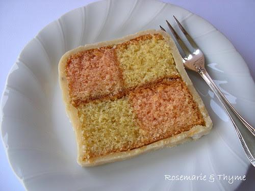 DSCN0300_battenberg cake_slice