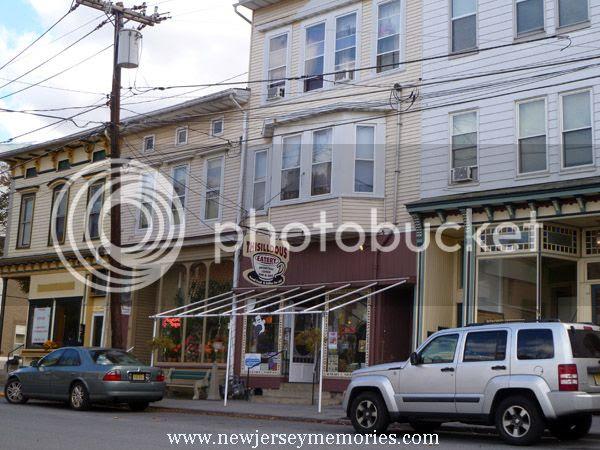 photo DowntownBelvidereNJ1_zps9a8b479d.jpg