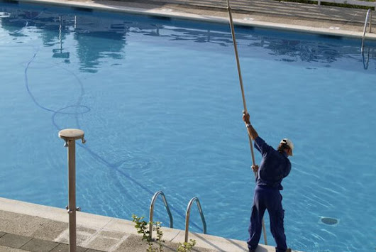 Certified Swimming Pool Technicians in Lutz & Land O Lakes | GPS Pools