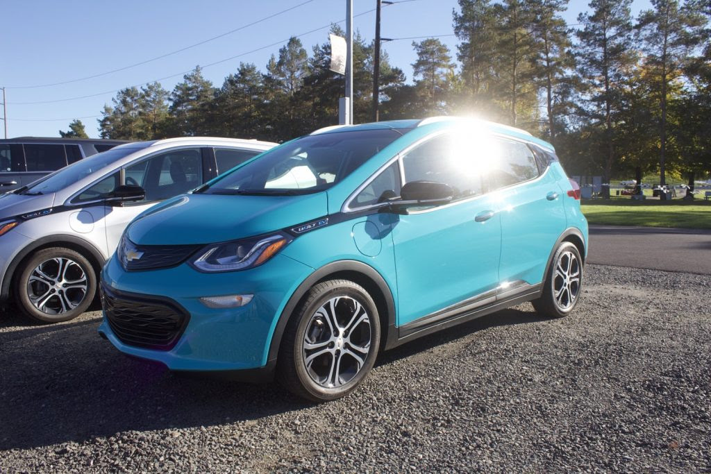 2020 chevrolet bolt ev introduces new grille  gm authority