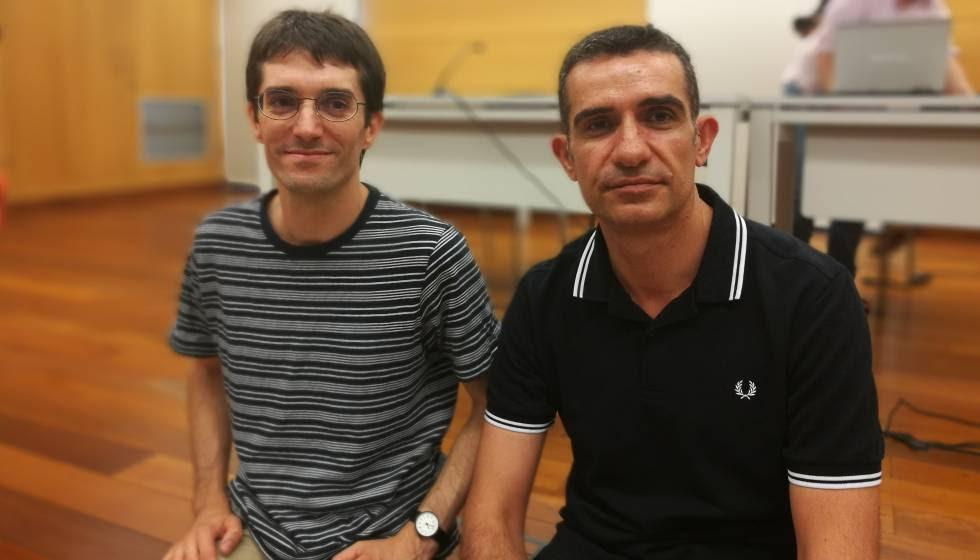 Raül Garrigasait y Albert Asensio, dos de los tres galardonados en el Premi Llibreter 2017.