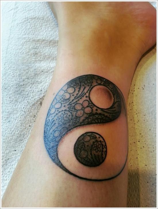 Black Yin Yang Tattoo Design Design Of Tattoosdesign Of Tattoos