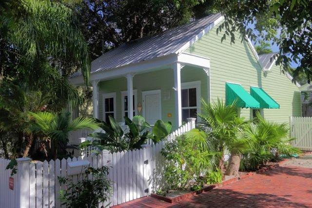 1210 Von Phister St, Key West, FL 33040  Home For Sale and Real Estate Listing  realtor.com®
