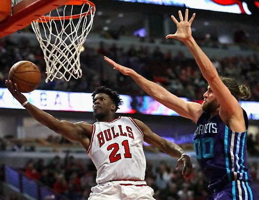 'Phenomenal' Butler does it with 52 points for Bulls in NBA