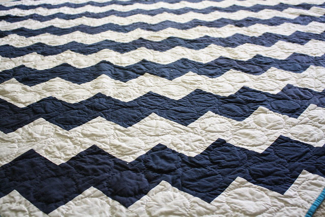 Zig-zag quilt, with circular hand quilting